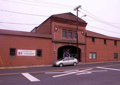 Front of Art Warehouse Gallery Luray VA